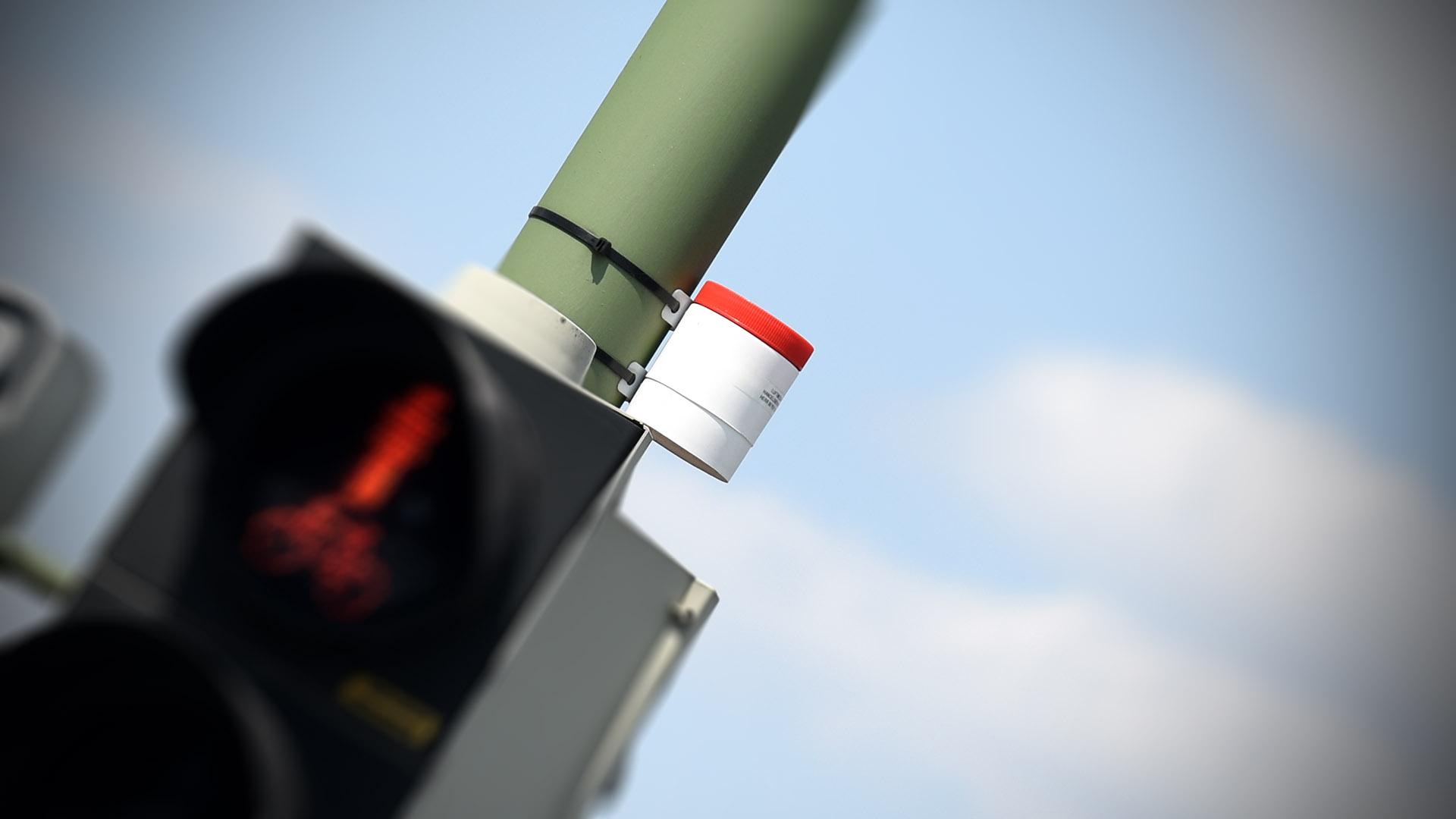Passivsammler an Ampel am Jahnplatz in Bielefeld zur Messung von Stickstoffdioxid Diesel Fahrverbot